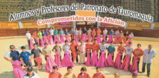 Alumnos y profesores del Patronato de Tauromaquia de Badajoz. (FOTO:Cortesía Diputación Badajoz)