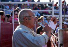 Cipriano Píriz dirigiendo la tienta.