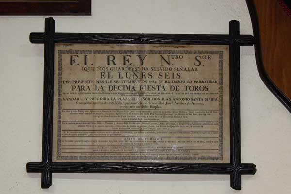 El cartel de Badajoz más antiguo que se conserva, data de 1784, Costillares y Pepe Hillo lidiaron toros de distintos hierros.