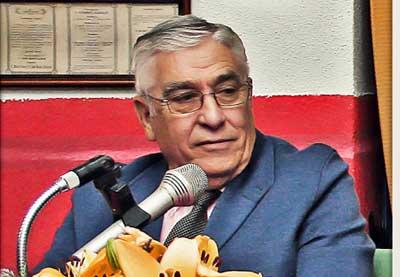 Alfonso Marzal en un acto del Club Taurino de donde fue vocal de su directiva. (FOTO: Manuel Cáceres)