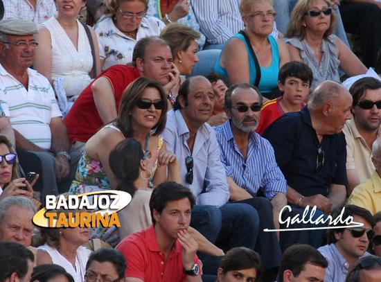 Los padres de Miguel Ángel Silva y Burgui, por encima Monago.