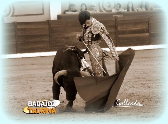 Garrido, gustándose en un remate. (FOTO:Gallardo)