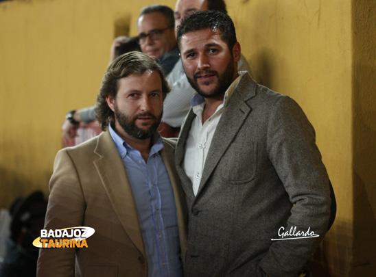 Los empresarios Fernando Caballero y Enrique Luján, con look invernal.