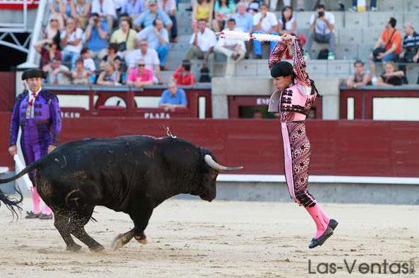 En Las Ventas acompañando a Gonzalo Caballero. (FOTO: Juan Pelegrín)