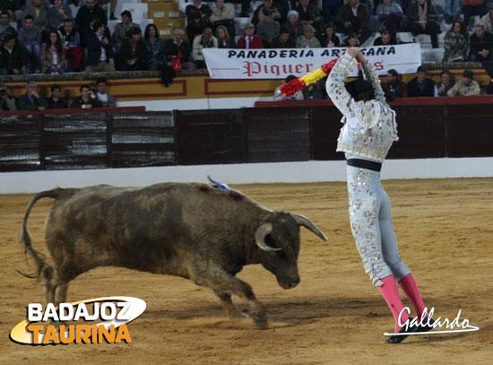 En la novillada del debut de Tomás Campos en Olivenza. (FOTO: Gallardo)
