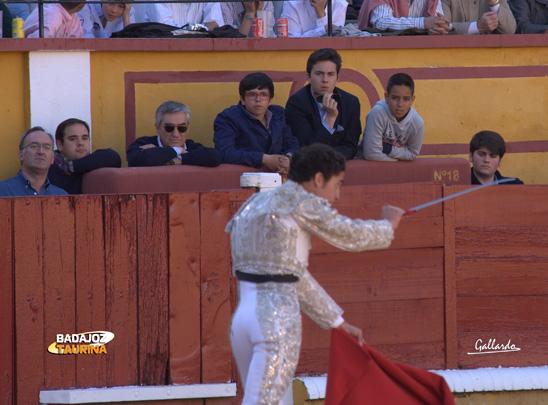 El empresario José Cutiño pendiente de la estocada.