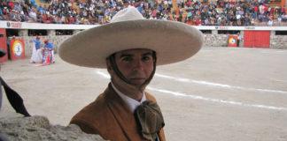 El novillero jerezano Jaime Martínez ataviado al estilo charro (FOTO: CEDIDA)