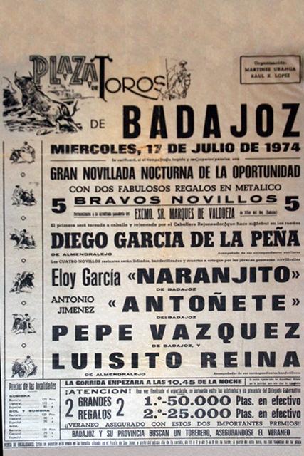 Cartel de su presentación en público en la plaza de toros de Badajoz