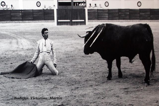 Un desplante en la recordada tarde de los victorinos en Badajoz