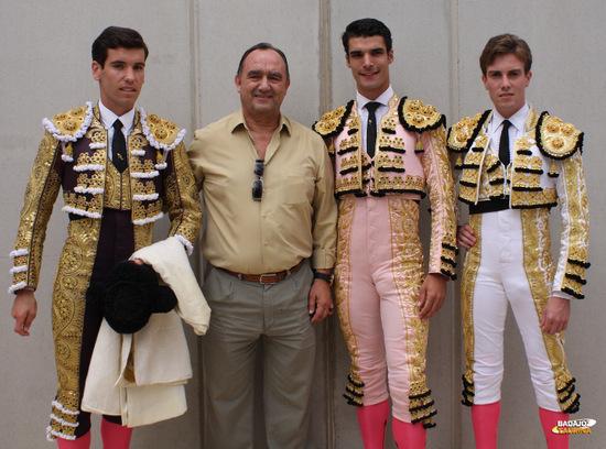La terna junto al alcalde de Llerena