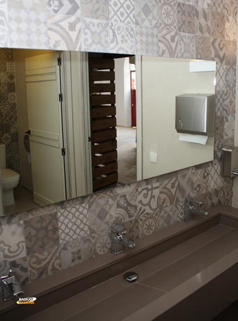 Aspecto de uno de los baños, totalmente remozados