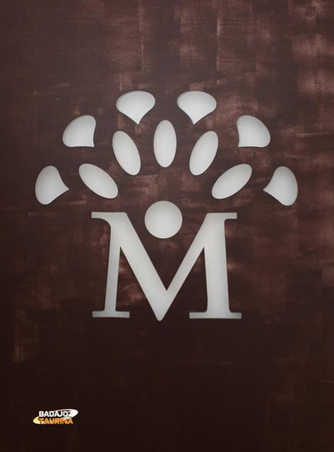 El nuevo logo de la plaza de Mérida y del mercado de sus entrañas