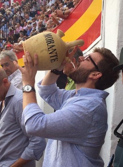 Ladi bebe los vientos por Morante
