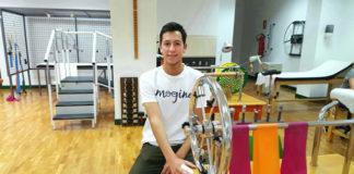 Miguel Ángel Silva mientras hace ejercicios de recuperación en la clínica sevillana de La Fraternidad