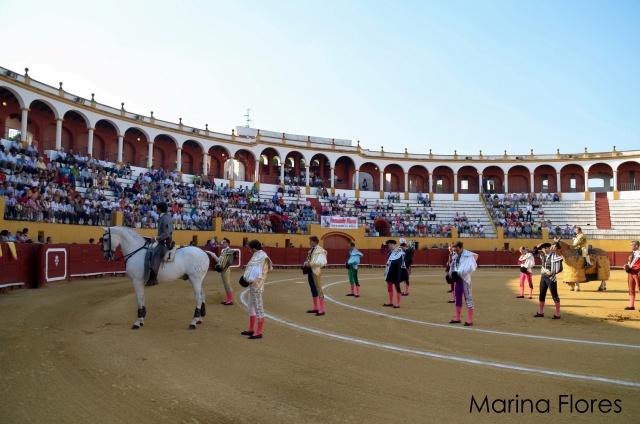 Emotivo minuto de silencio a la memoria del torero Víctor Barrio (FOTO:Marina Flores)