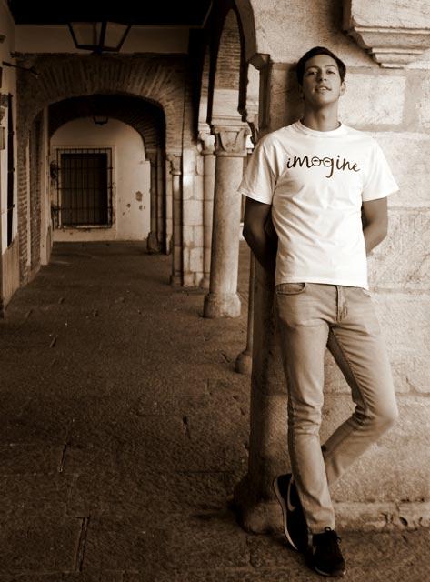 Miguel Ángel Silva paseando por Zafra (FOTO: Gallardo)