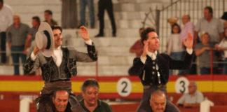 Diego Ventura y Leonardo Hernández paseados a hombros en Mérida (FOTO:Gallardo) Sentimos no poder ofrecerles más fotos del festejo