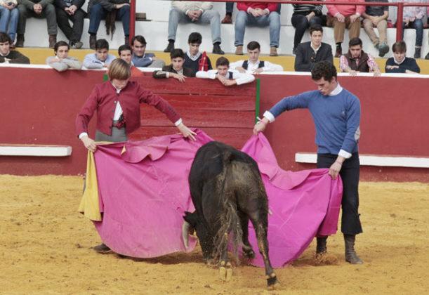 Inauguración del Curso 2017/18 de la Escuela Taurina de Badajoz en Bienvenida