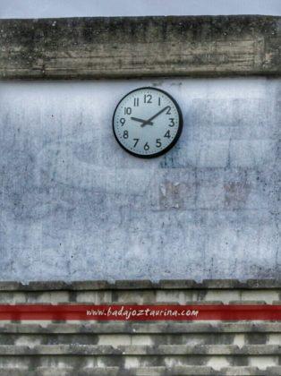 Una feria que se adelanta y un reloj que se atrasaUna feria que se adelanta y un reloj que se atrasa