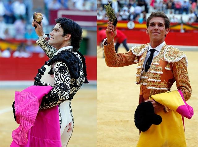 José Garrido y Ginés Marín paseando su trofeo en la Monumental de Frascuelo de Granada (FOTO: Arjona-Aplausos)