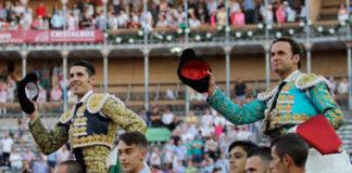 Talavante y Ferrera paseados a hombros en La Glorieta (FOTO:Isma Sánchez-Aplausos)
