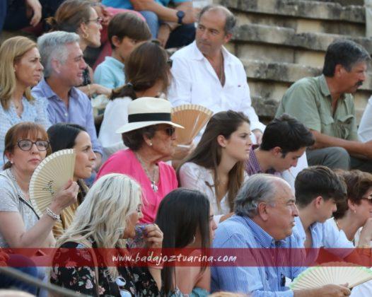 María Domecq Sainz de Rozas viendo sus toros