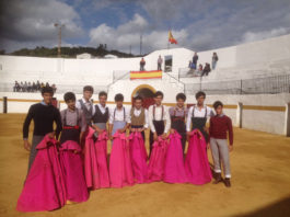 Los alumnos que participaron en el tentadero público de Fuentes de León