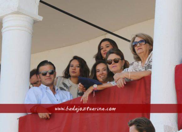La familia Muñoz Suero en su palco