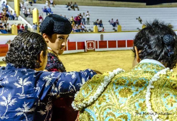 El Mella escucha los consejos de Cartujano y Juanito