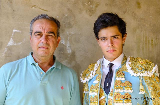 Juanito y Domínguez, su apoderado