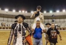 Luis David sale en hombros de Mérida (FOTO: JMª Ballester)