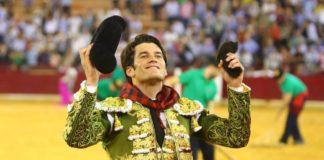 José Garrido con la oreja cortada en Zaragoza (FOTO: Coso de Misericordia)