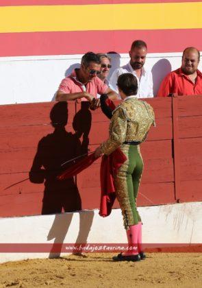 Miguel Aguilar brinda a Joselito