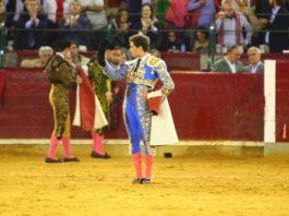 Ginés Marín saluda en Zaragoza tras despachar al sexto