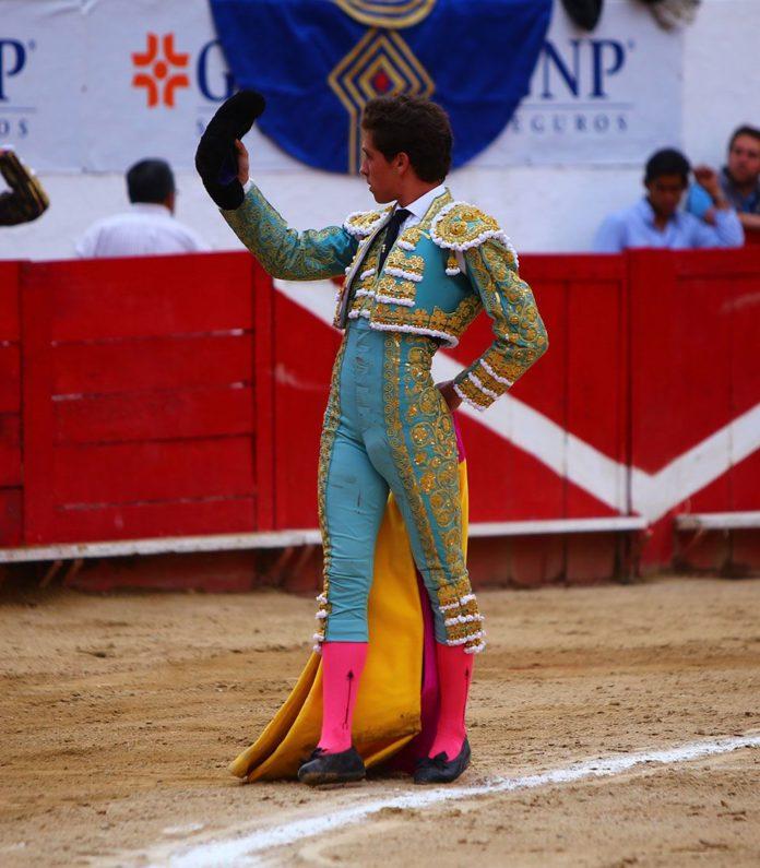 Ginés Marín saluda una ovación en el coso de Nuevo Progreso de Guadalajara (FOTO: Emilio Méndez)
