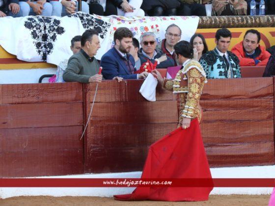 Debut oficial de Ladislao Navarro como mozo de espada de Garrido