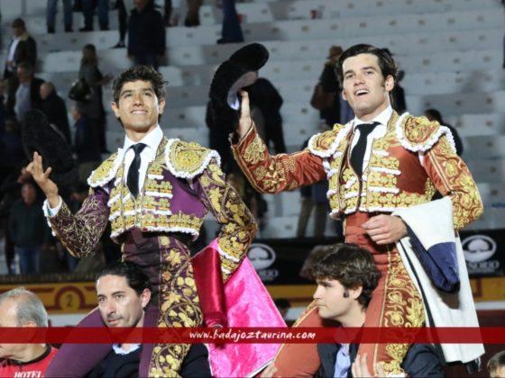 Garrido y Luis David a hombros
