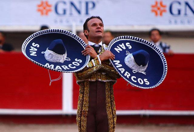 Ferrera se despide emocionado de la afición mexicana (FOTO: Emilio Méndez)