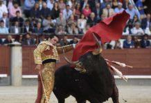 Garrido rematando una serie a su primero (FOTO: Javier Arroyo-Aplausos)